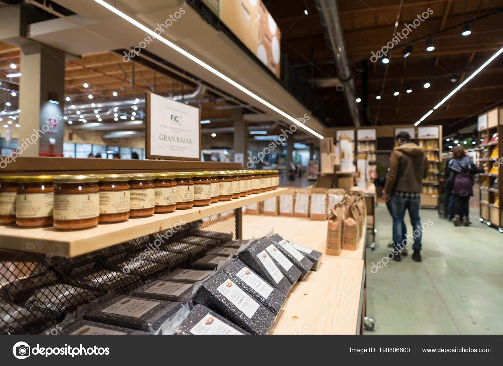 Bologna, Italia   Circa Dicembre 2017: Fico Eataly Mondo, Situato A Bologna,  è Il Più Grande Parco Agroalimentare Nel Mondo. Vista Interna U2014 Foto Di Pio3