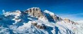 Fotografie Panoramatické horské krajiny sněhu. Tofana lanovka. Dolomity, Itálie