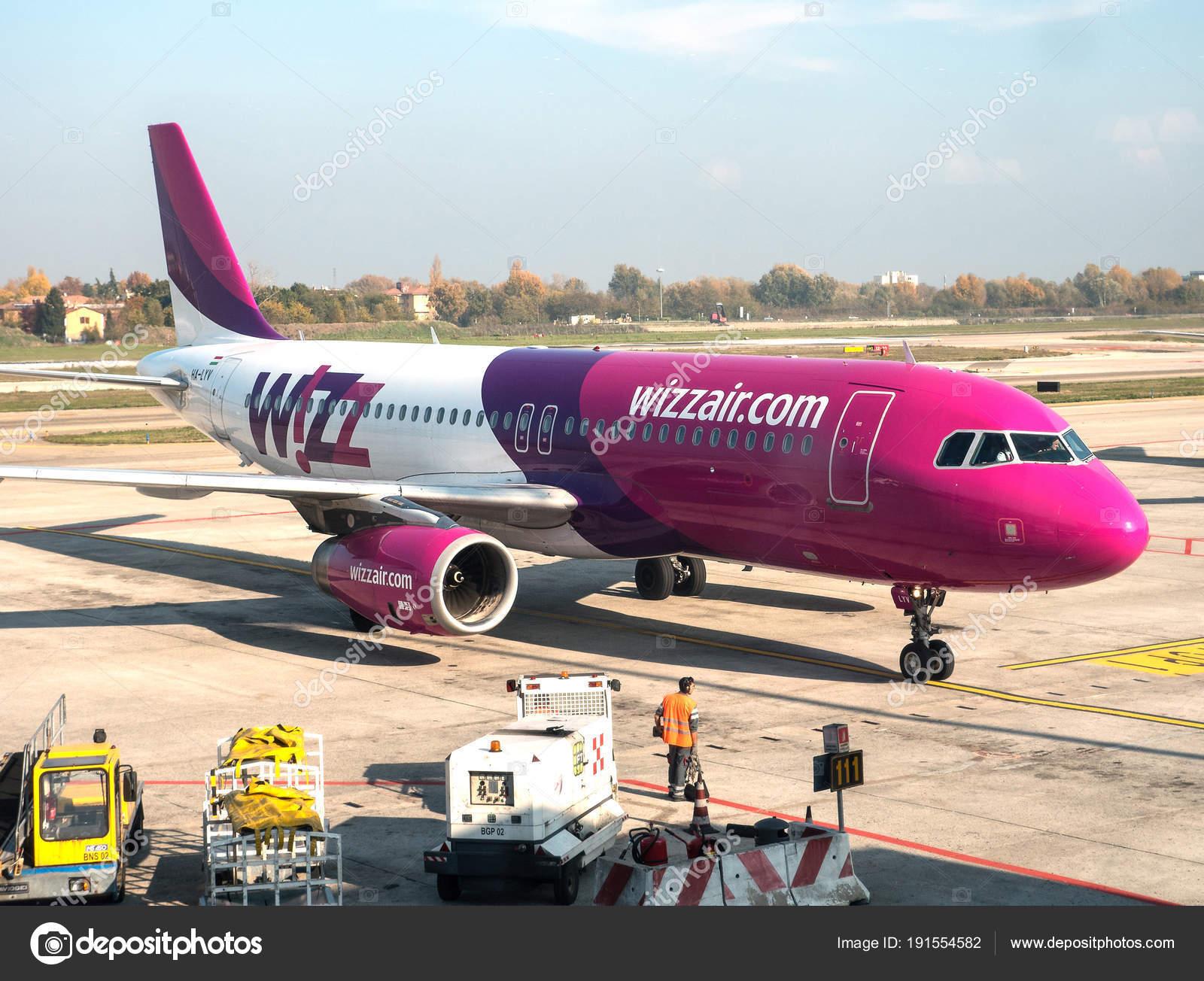 Jet Privato Bologna : A bordo del jet privato corriere
