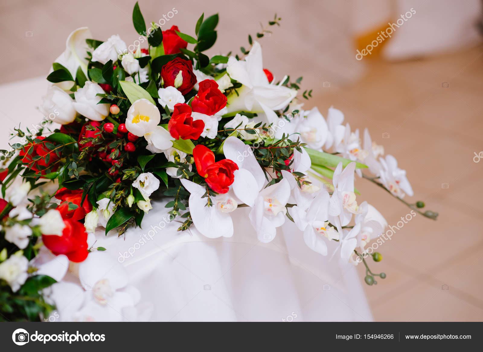 Букет букет для к молодоженов цветов дом красноярск