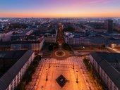 Panorama města při západu slunce v Ostravě