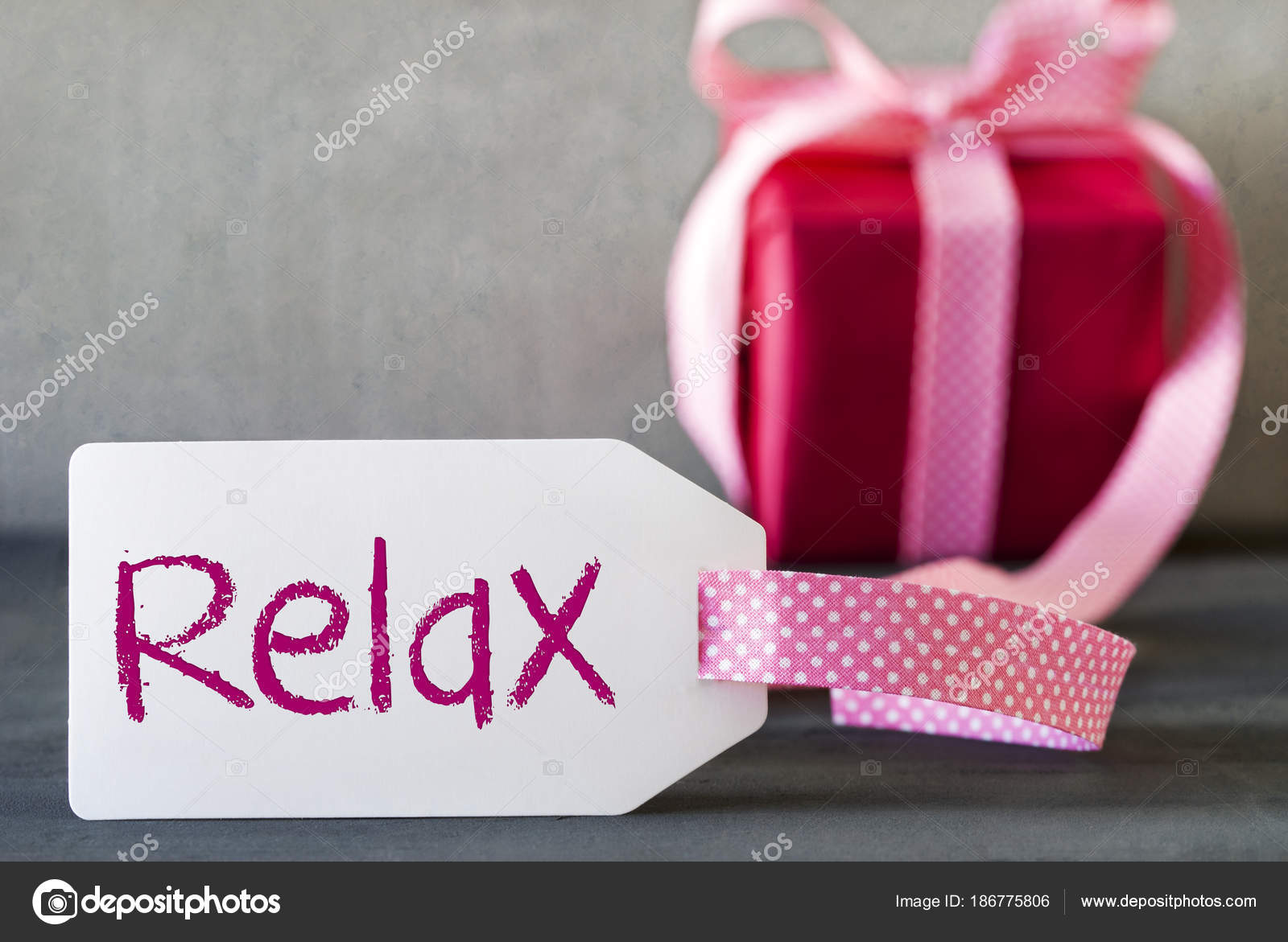 Pink Gift, Label, Text Relax — Stock Photo © Nelosa #186775806