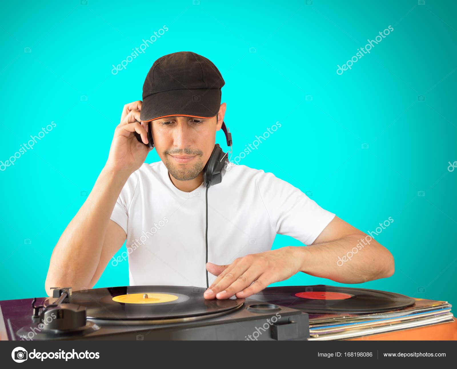 Dj mixing auf der party u2014 stockfoto © nanaplus #168198086