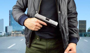 terrorista terror with gun