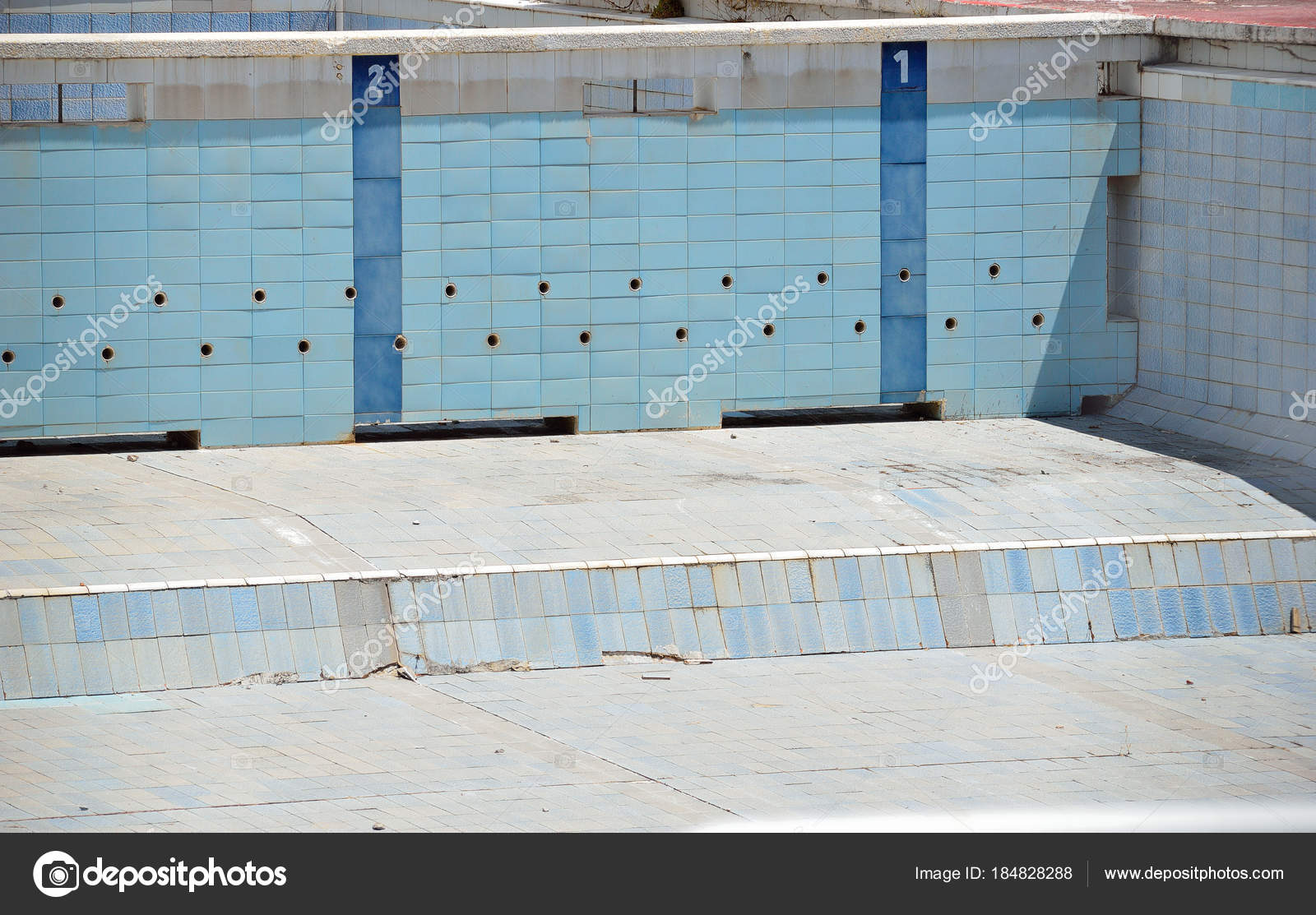 Abandoned Empty Swimming Pool Outdoors Stock Photo C Cunaplus 184828288