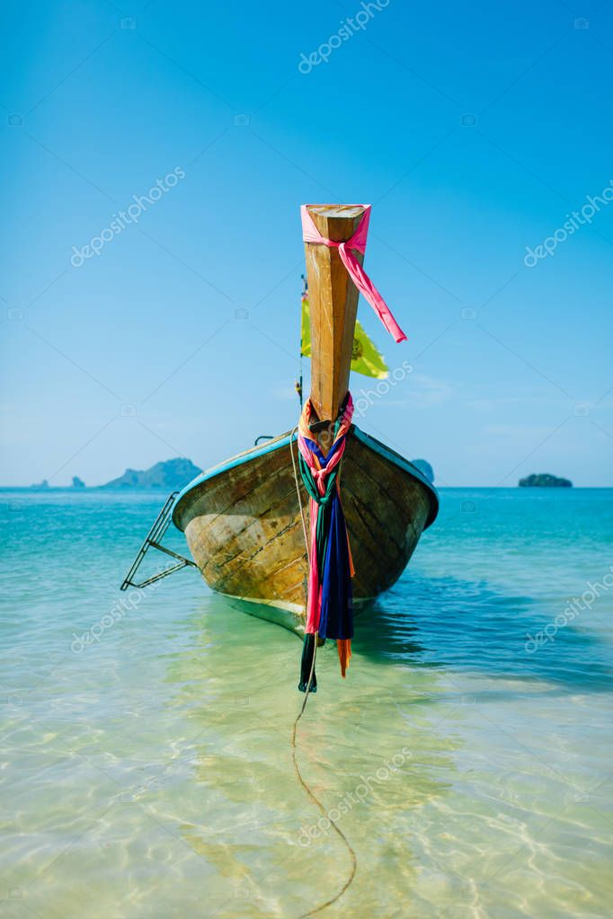 Boat on the beach ins Krabi