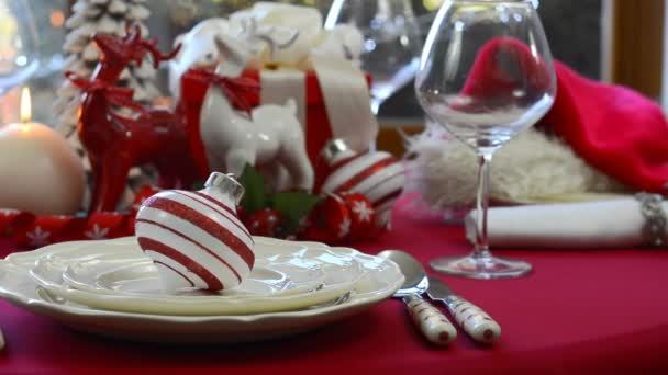 Stylish red and white Christmas table