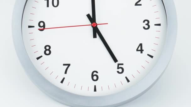 Szög alulról a tetejére Bezárás, Szürke óra az idő kezdete 05.00 vagy pm, Óra Vörös használt perc Séta lassan, Idő koncepció.