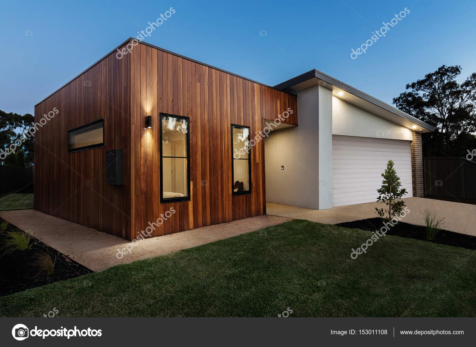 Hedendaagse australische huis u stockfoto jodiejohnson
