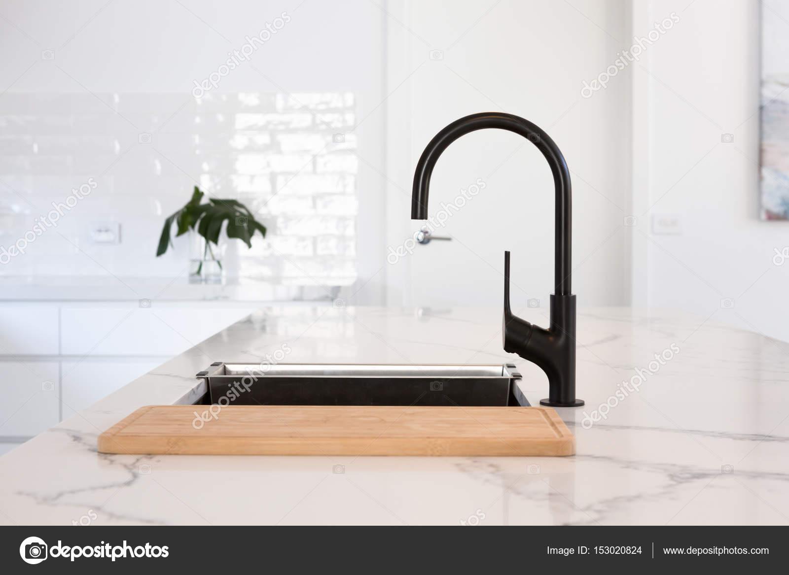 Zwart wit keuken detail u stockfoto jodiejohnson