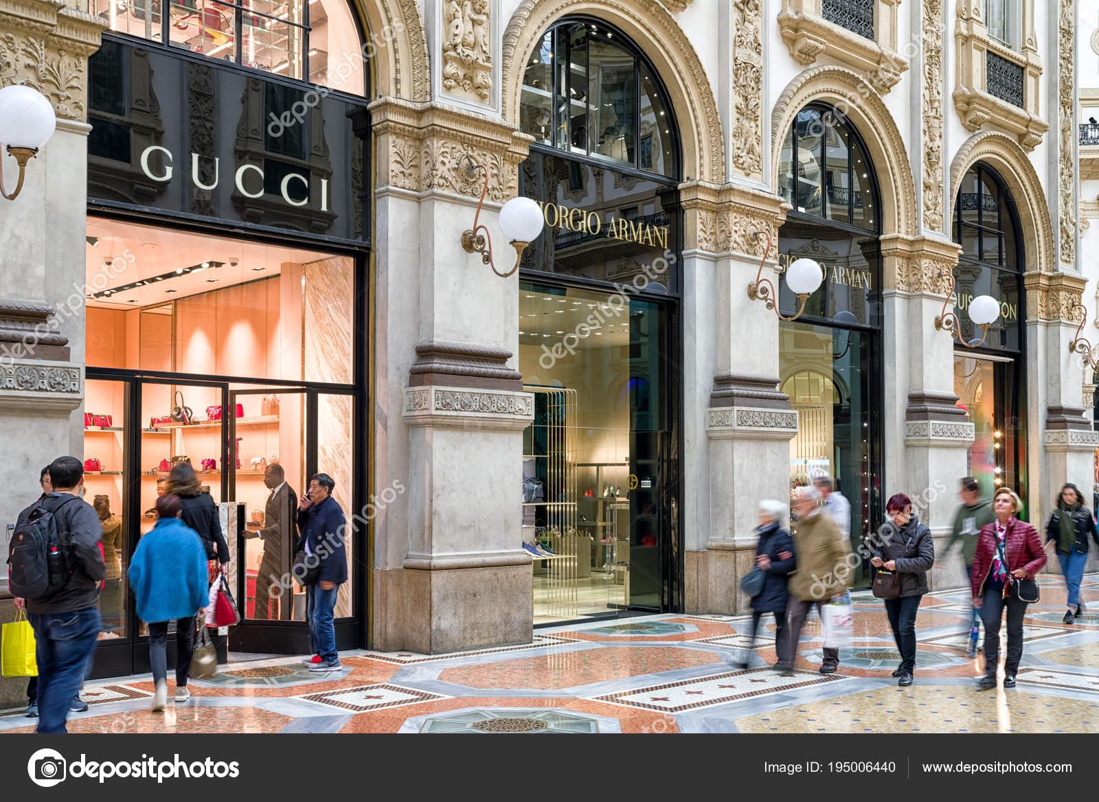 f31e8cb4fdccf9 Winkelen in Milaan