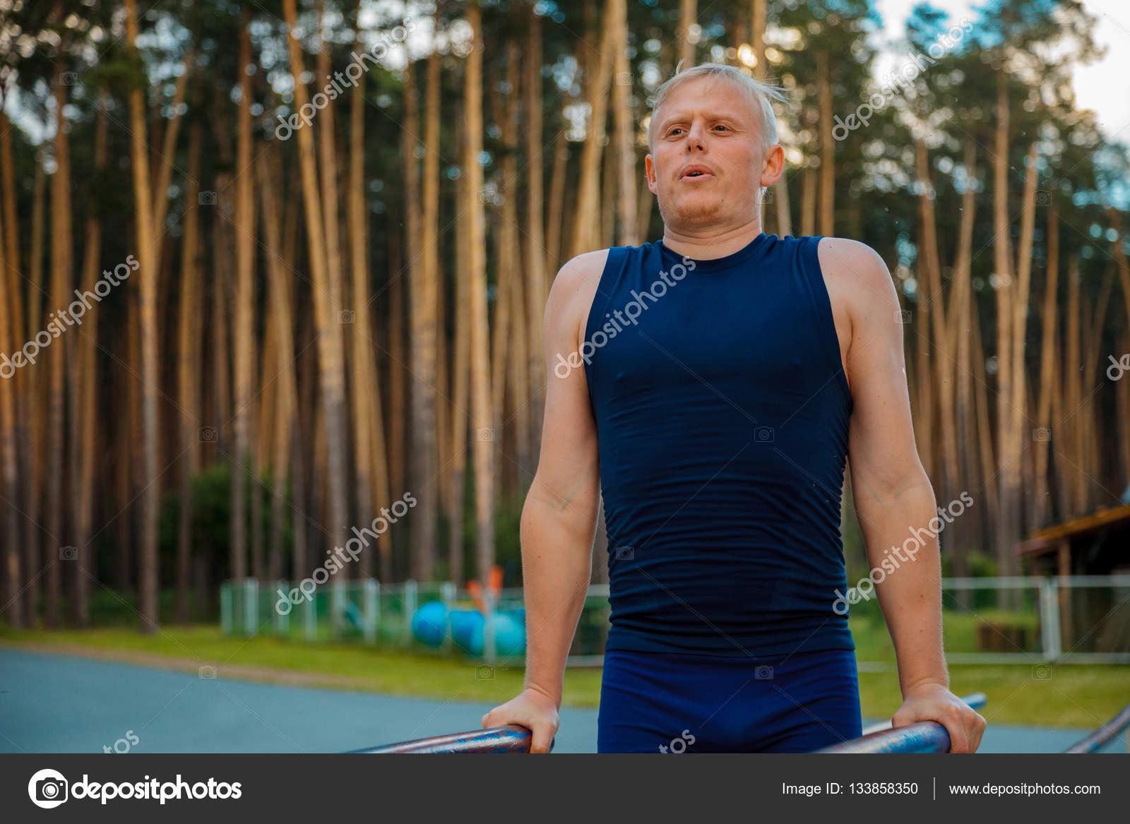 Ejercicios para hacer biceps y triceps