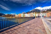 Innsbruck, Rakousko – 11. března 2017 - město stvol v Innsbruck centrum města. Je to hlavní město Tyrolska v západním Rakousku, Evropa
