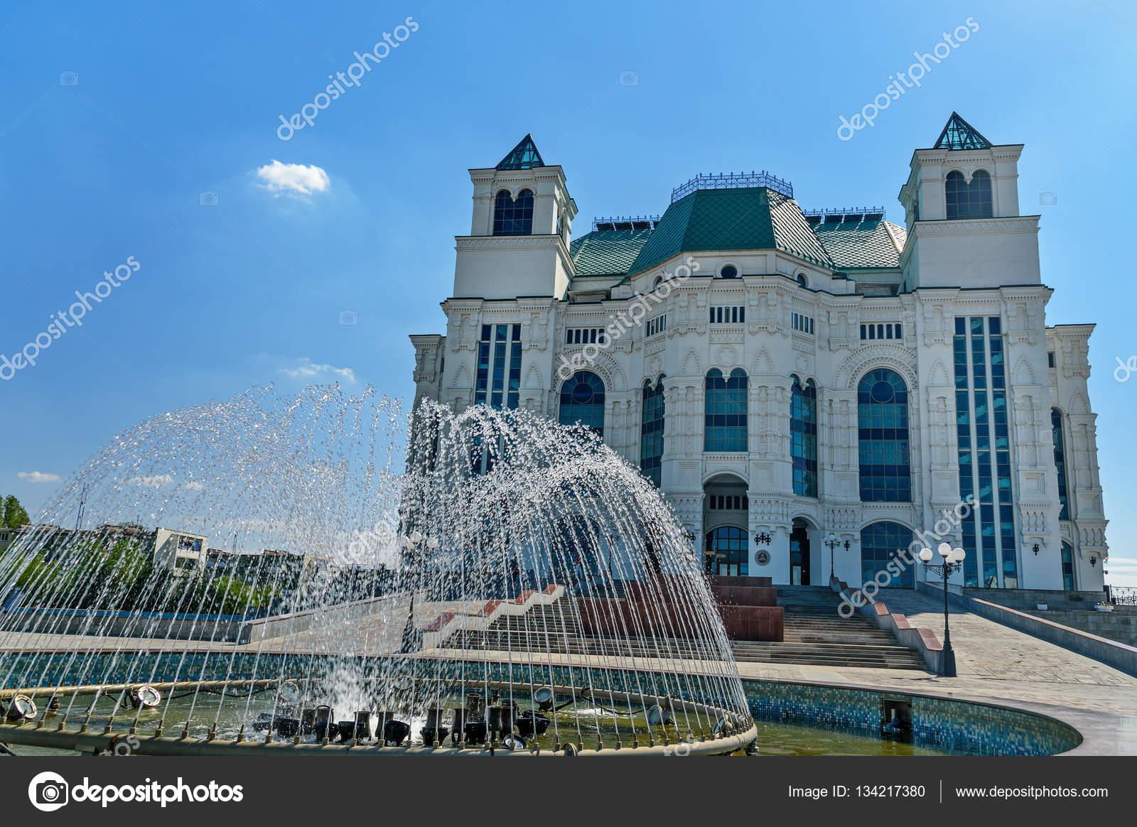 Цены на билеты театр оперы и балета астрахань официальный сайт цены кино бронирование и заказ билетов мурманск
