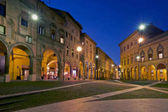 Photo Night view of Piazza Santo Stefano, Bologna, Italy