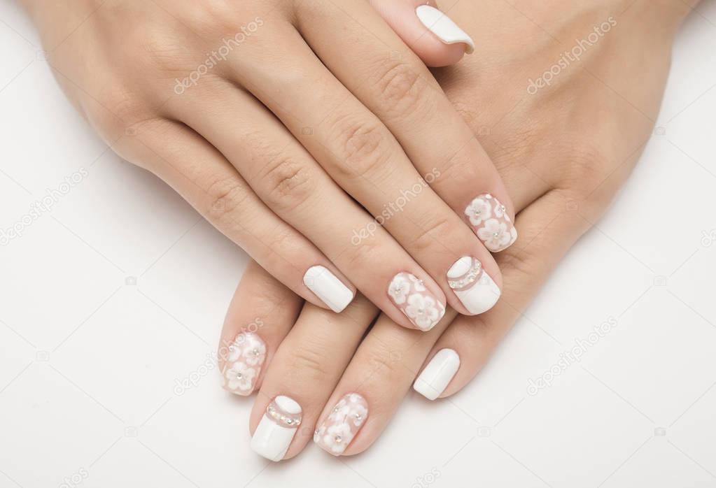 Manicura francesa de varios colores | esmalte de uñas ...