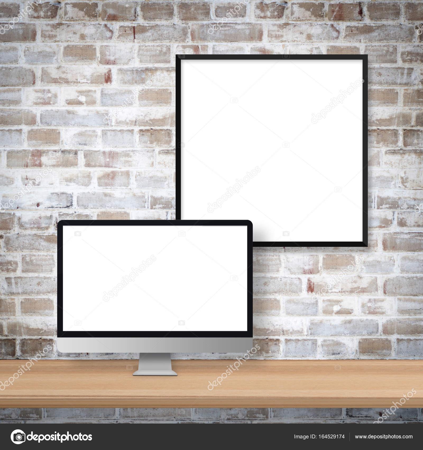 Monitor y marco — Foto de stock © vierra #164529174