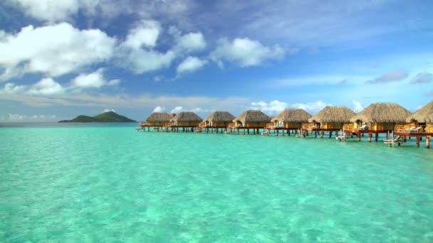 středisko s bungalovy v Bora-Bora