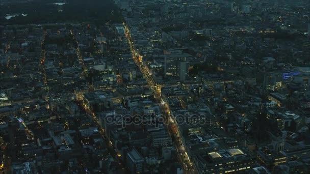 osvětlené Oxford Street v Londýně