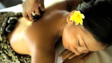 relaxační ošetření masérka na girl