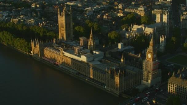 Aerial Sonnenaufgang Big Ben Häuser von Parlament Palast von Westminster britische Regierung Westminster Abbey London England Uk