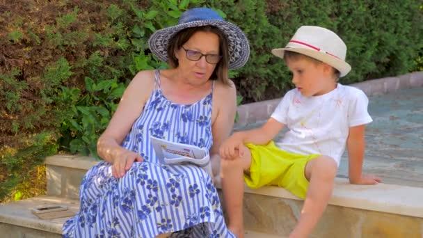 Russen Omas pimpern junge Enkel durch