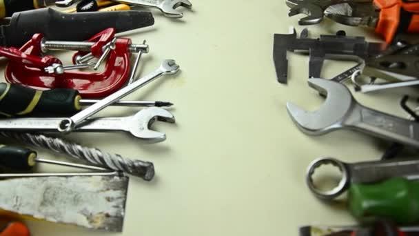 Nástroje pro opravu. Nástroje ze šuplíku