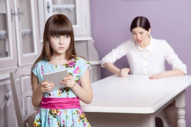 Mother and daughter quarrel because of overuse technology
