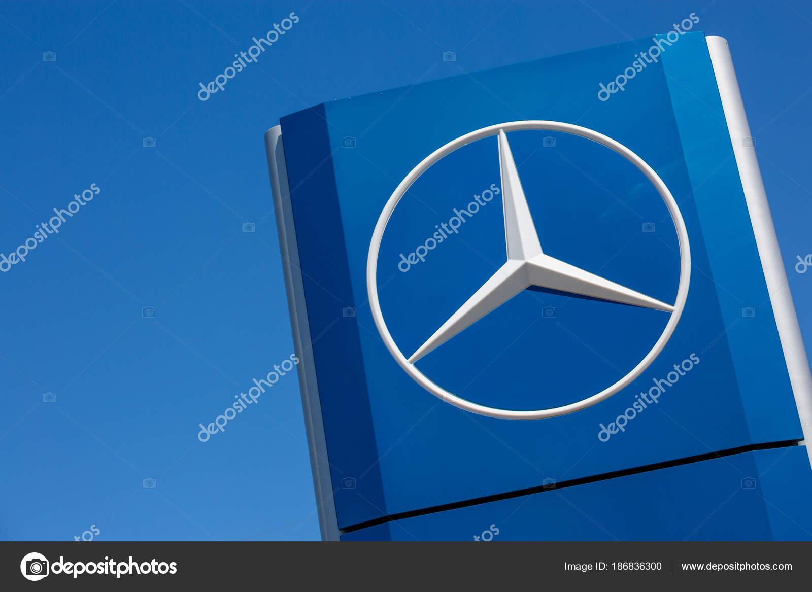 Mercedes benz live hintergrund