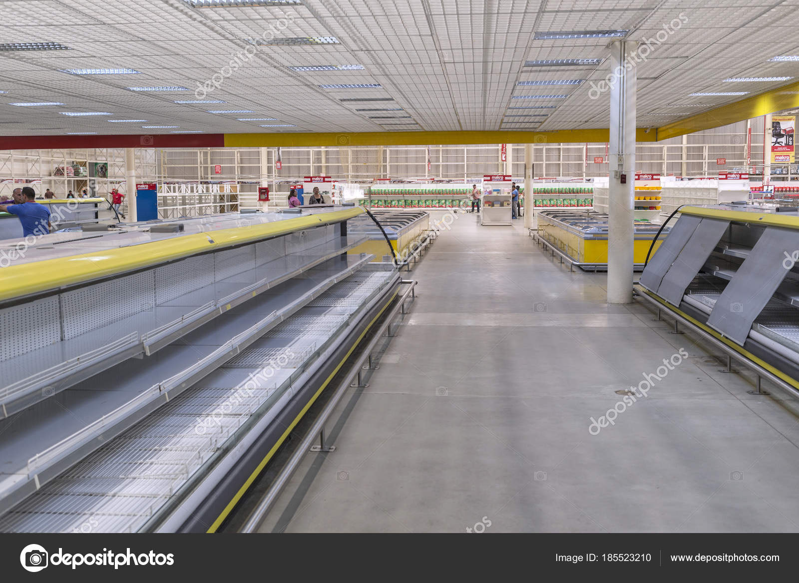 Outstanding Photography Of Empty Supermarket Shelves Caracas Home Remodeling Inspirations Genioncuboardxyz