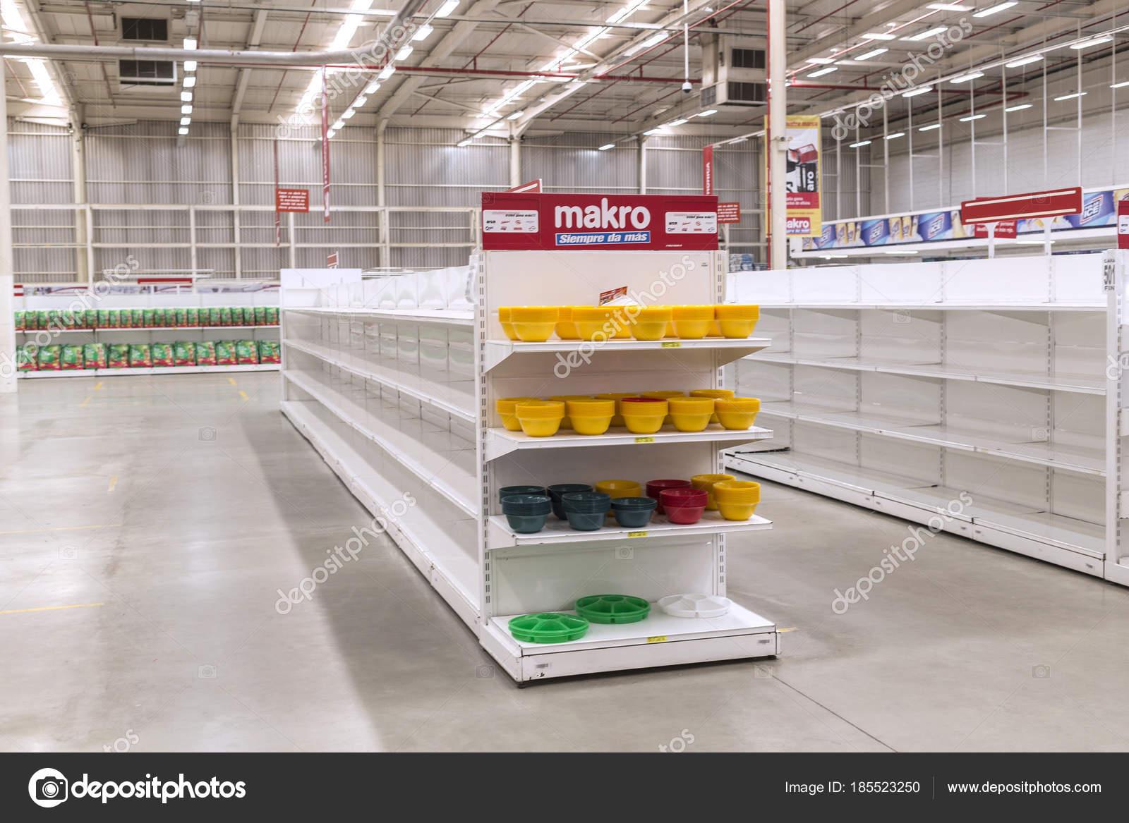 Stupendous Caracas Venezuela January 14 2018 Empty Supermarket Home Remodeling Inspirations Genioncuboardxyz