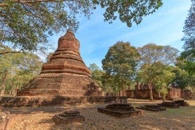 Pagoda at Wat Phra Non (Reclining Buddha) temple in Kamphaeng Phet Historical Park, UNESCO World Heritage site