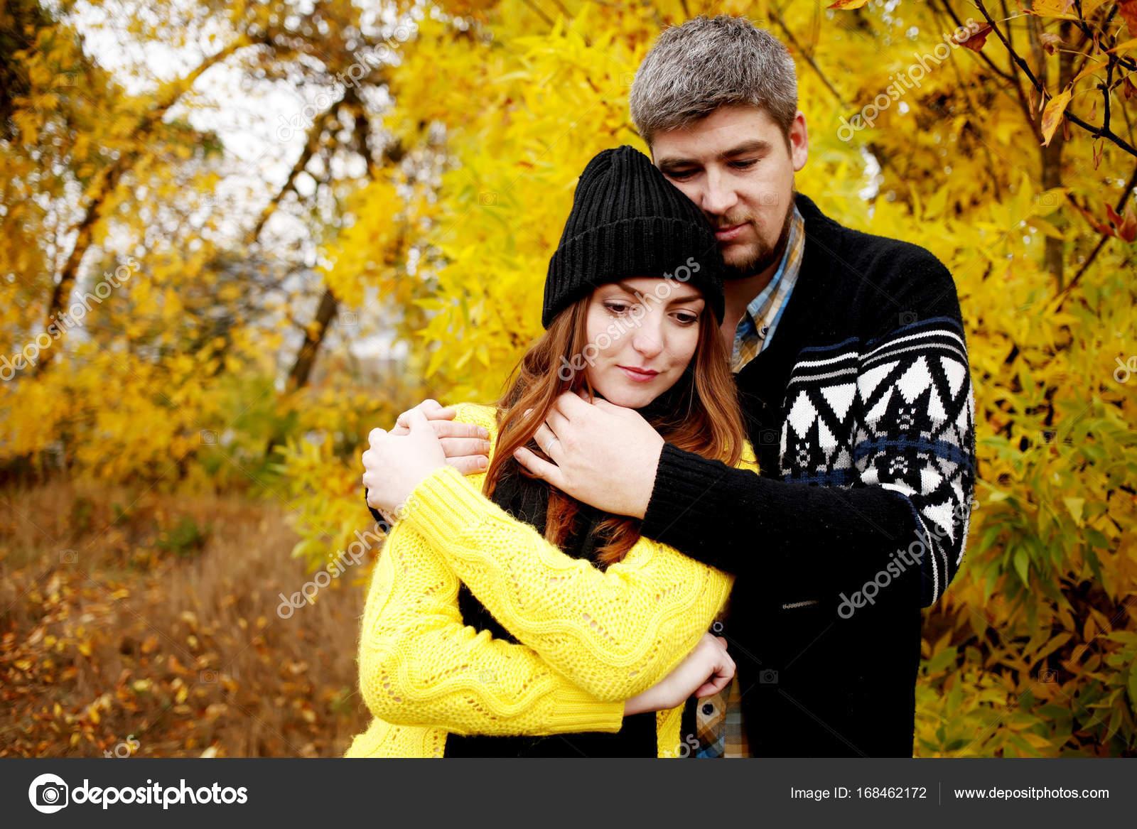 Девушка ласкает нежно и красиво своего парня 6