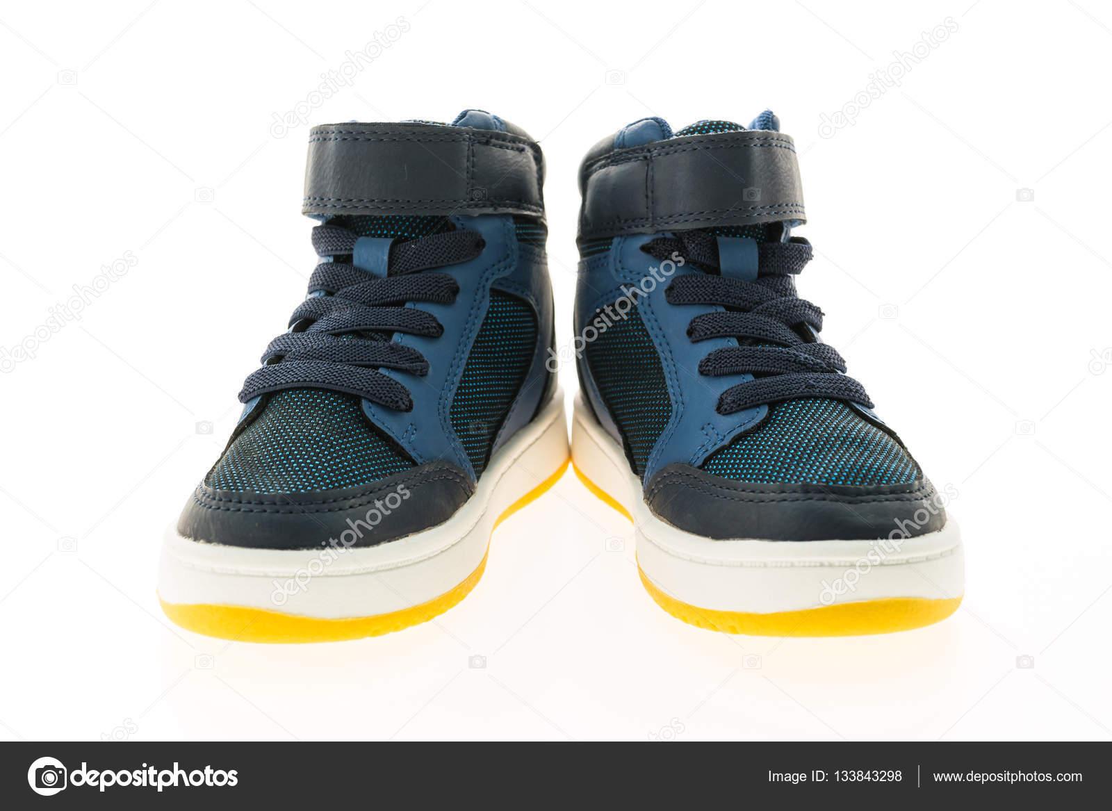 e0bea3e4dab Μόδα παπούτσια και αθλητικά — Φωτογραφία Αρχείου © mrsiraphol #133843298
