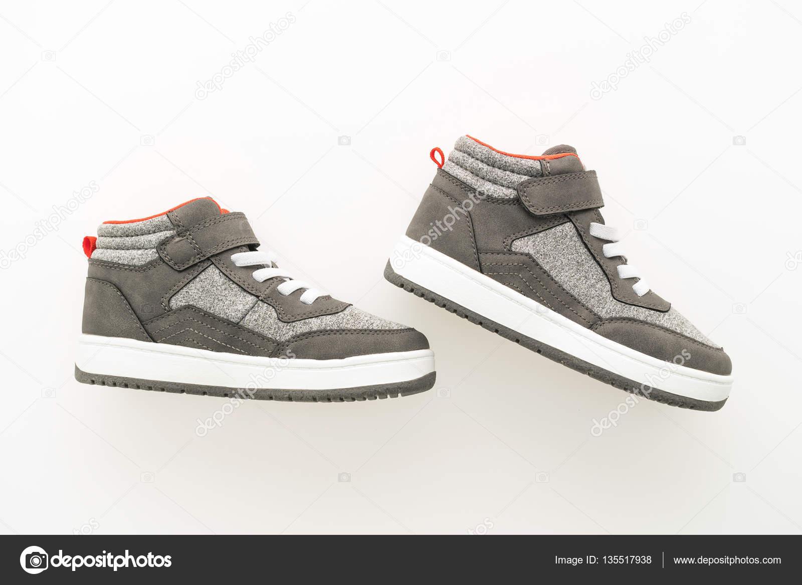 5343cfcae3a Μόδα παπούτσια και αθλητικά — Φωτογραφία Αρχείου © mrsiraphol #135517938