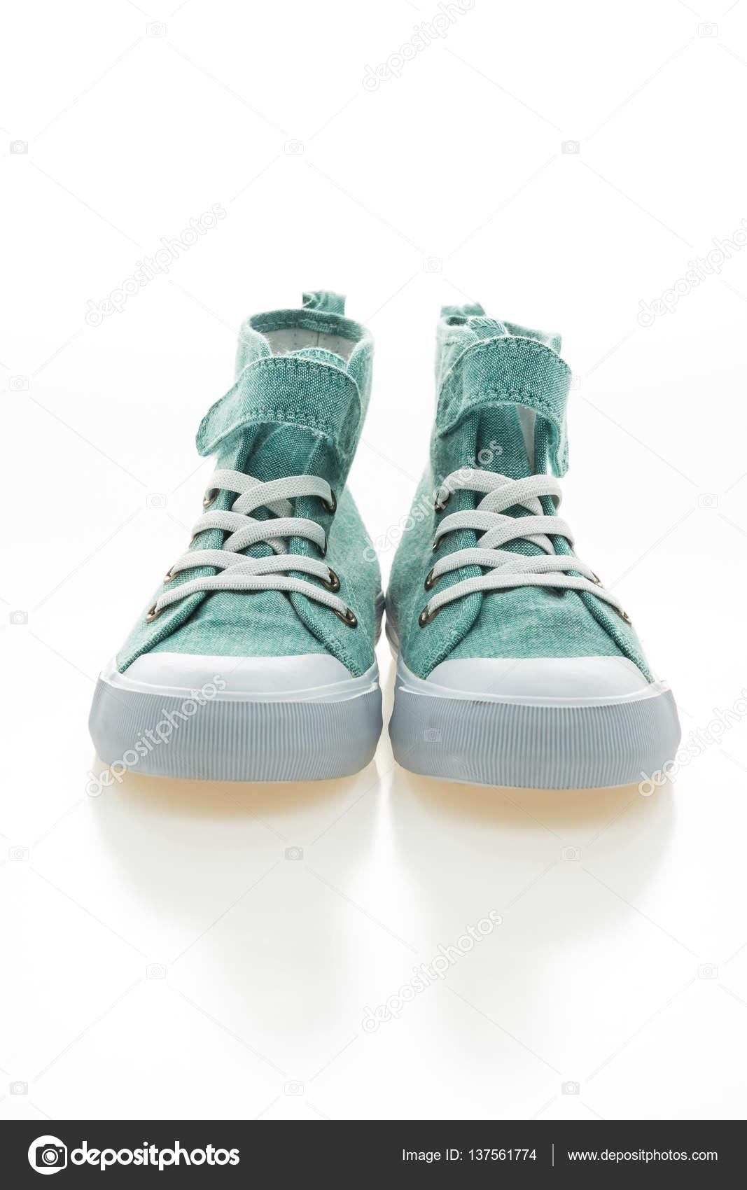 d9952bd95ef νέα μόδα παπούτσια — Φωτογραφία Αρχείου © mrsiraphol #137561774
