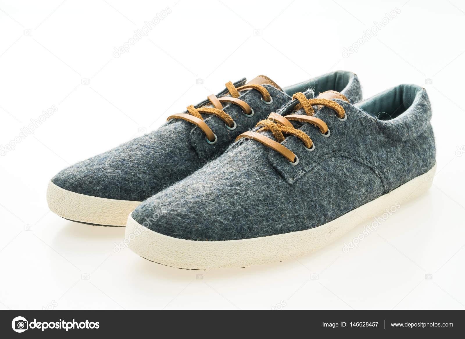 f6cc2bec6 sapatos da moda masculina — Stock Photo © mrsiraphol #146628457