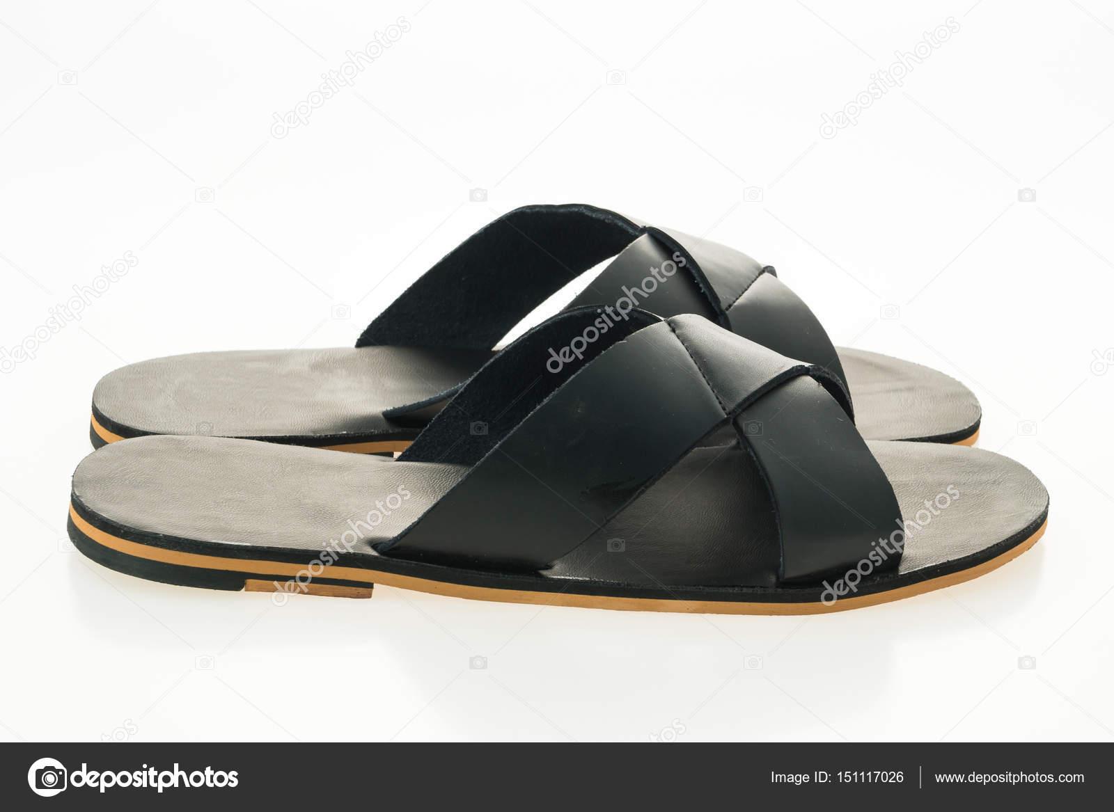 cbdca06c7a3dfa Herren Leder Sandalen und flip flop Schuhe isoliert auf weißem Hintergrund  — Foto von mrsiraphol
