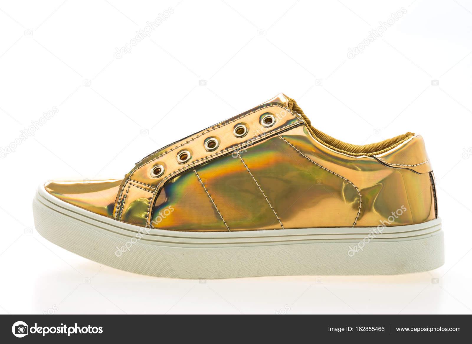6130ca8d69d Παπούτσια μόδας και ύπουλος — Φωτογραφία Αρχείου © mrsiraphol #162855466
