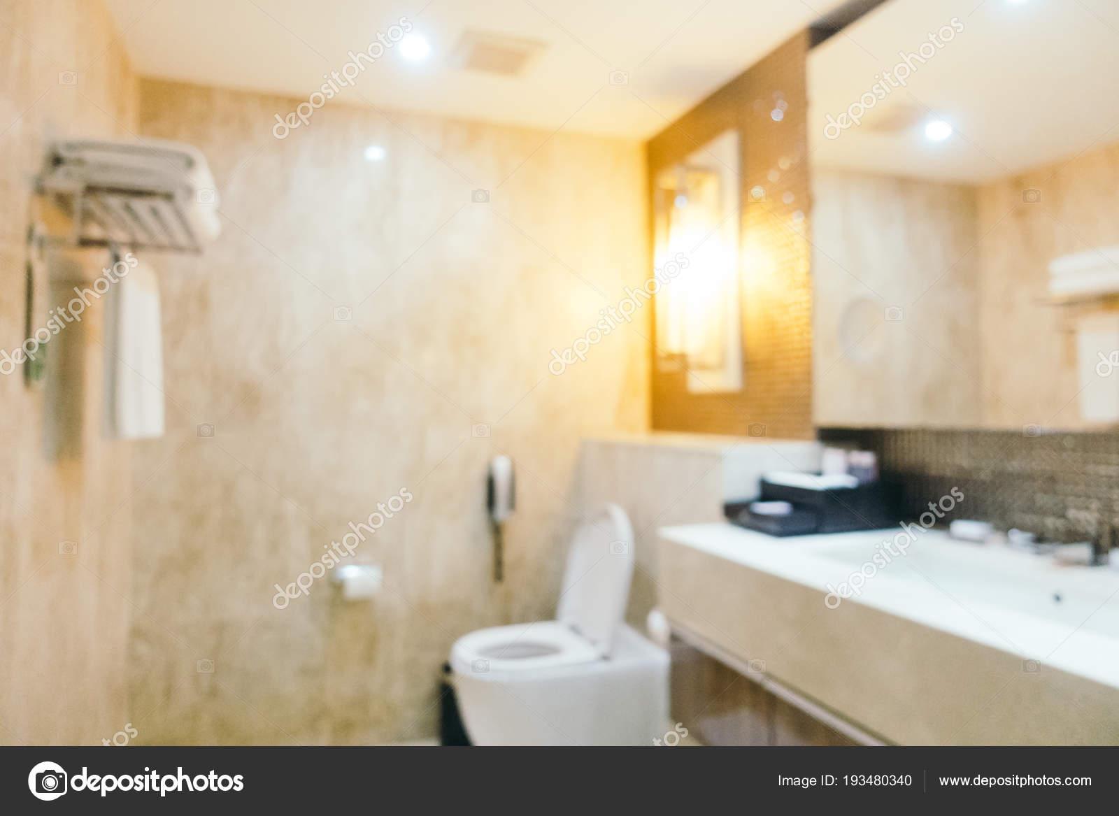 Badkamer En Toilet : Abstract vervagen badkamer en toilet interieur u stockfoto