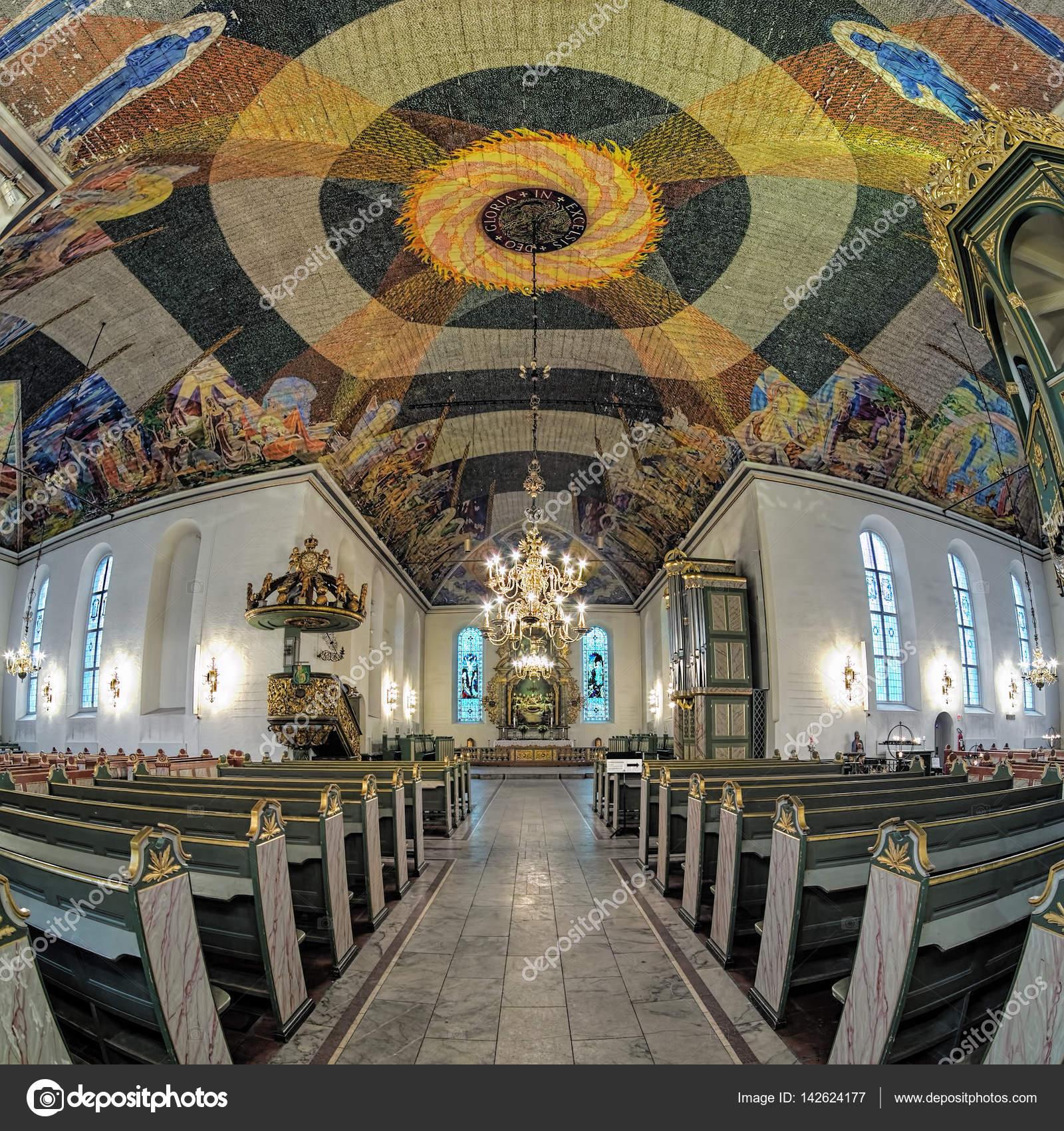 Interieur van Oslo Cathedral, Noorwegen – Redactionele stockfoto ...
