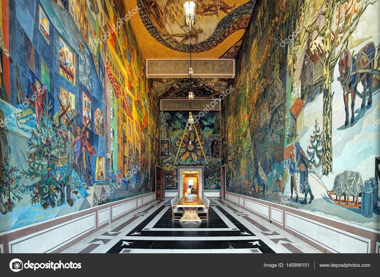 Interieur van East Gallery (Krohg kamer) in Oslo City Hall ...