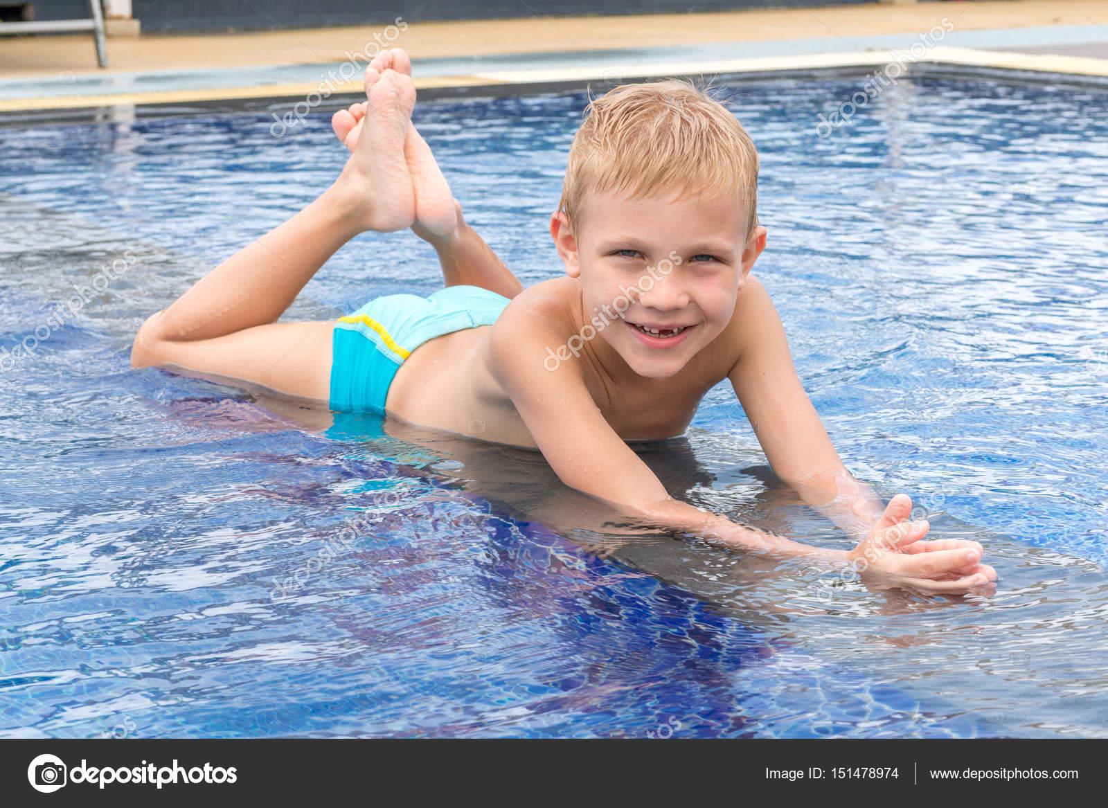 Schwimmen Spielen