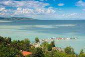 Türkiz Balaton-tó