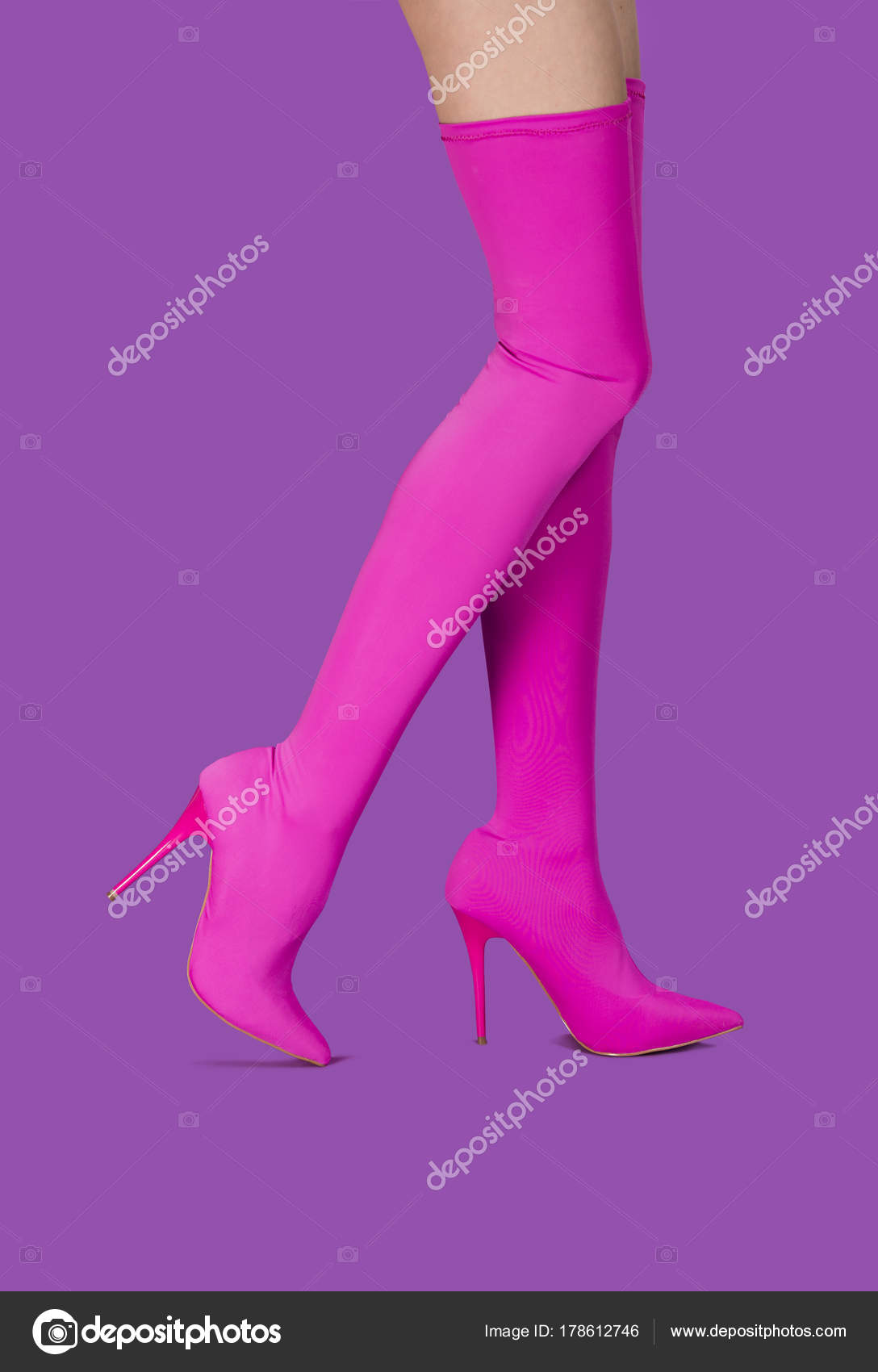 d827bcca6aa Beautyful legs in pink stretch high heels shoes — Stock Photo ...