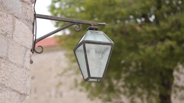 Vintage-Lampe an der Wand