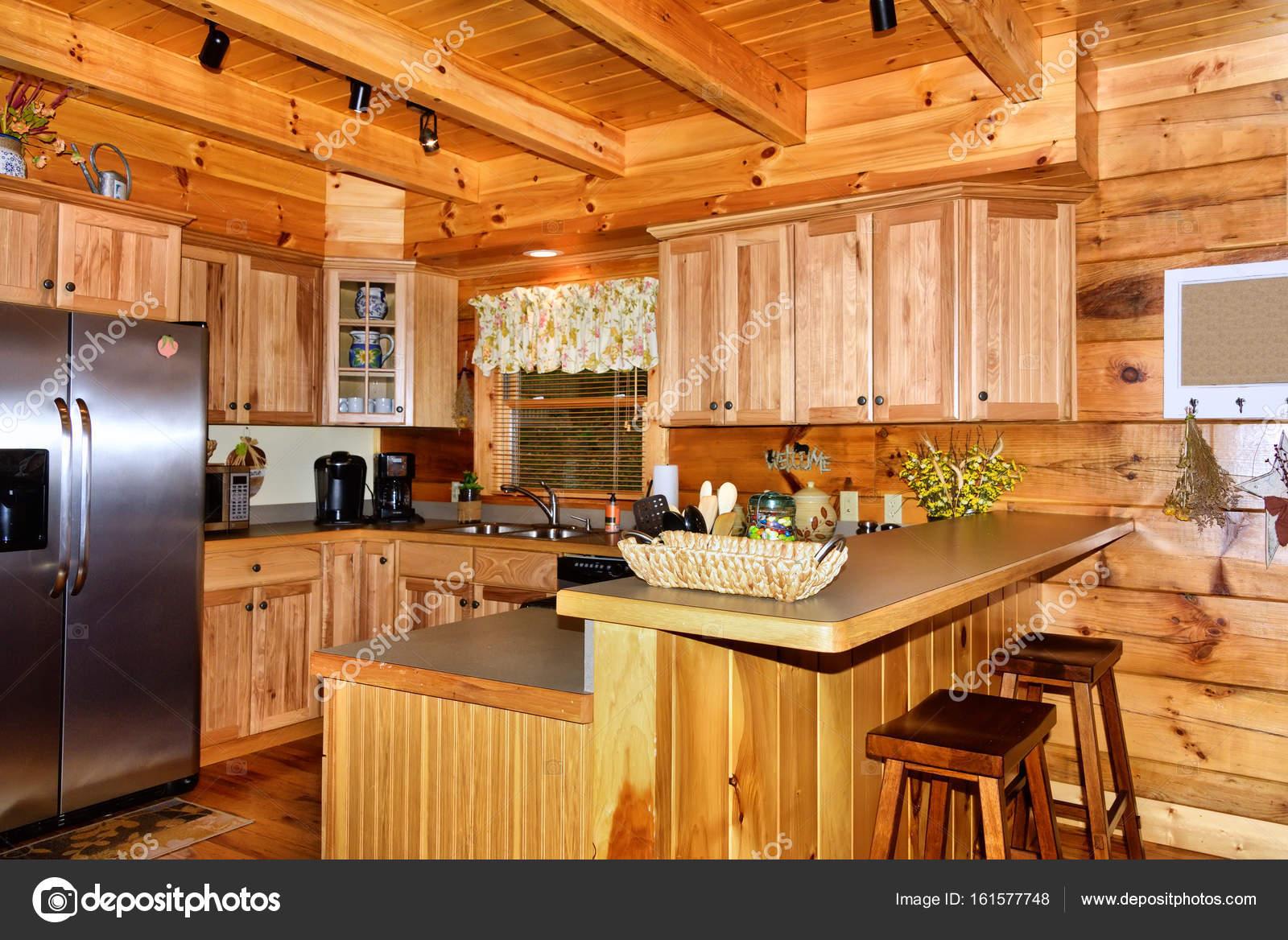 Küche in Kabine — Stockfoto © TallyPic #161577748