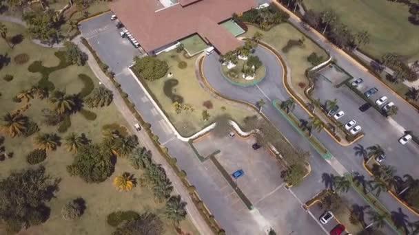 golfové hřiště klubovna drone 1080 60fps