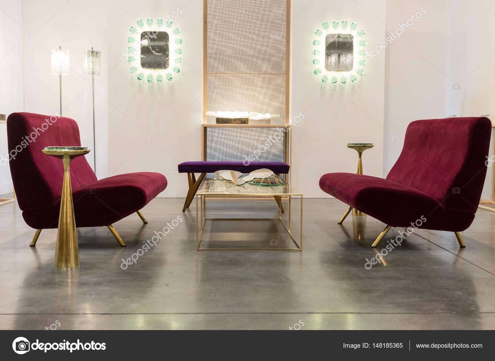 Designmöbel bei Miart 2017 in Mailand, Italien — Redaktionelles ...
