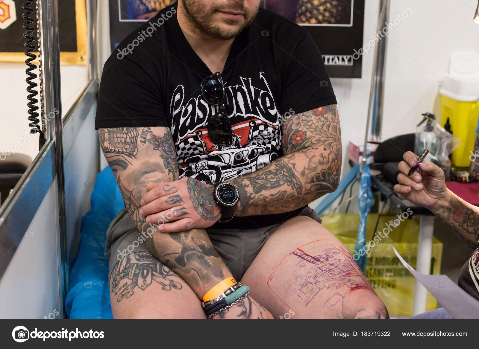 Tattoed Man At Milan Tattoo Convention 2018 Italy Stock Editorial Photo C Tinx 183719322